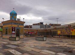 مقبره میرزای قمی در قبرستان شیخان قم.jpg
