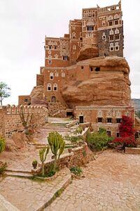 قصر دارالحجر (المنتجع الصيفي لحاكم اليمن في القرن الثاني عشر) بالقرب من صنعاء