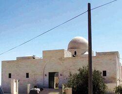 مقبره عبدالله بن رواحه در اردن.jpg