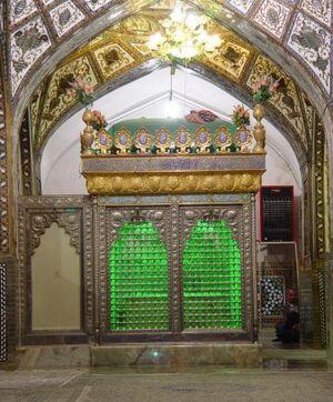 ضريح مقبرة العلامة المجلسي (الأب والابن ) في المسجد الجامع بأصبهان